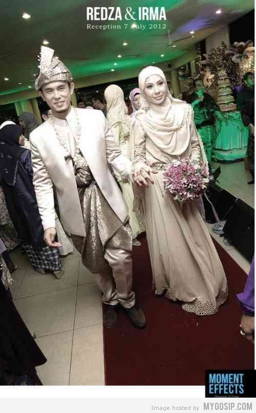 Irma Hasmie Dan Redza kahwin 02 | her dress was awesome.