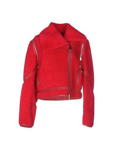 FENDI Jacke. #fendi #cloth #dress #top #skirt #pant #coat #jacket #jecket #beachwear #