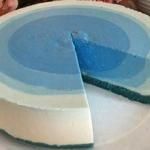 Esta gelatina junta a dos sabores celestiales en un solo vasito. ¡Disfruta esta deliciosa combinación!