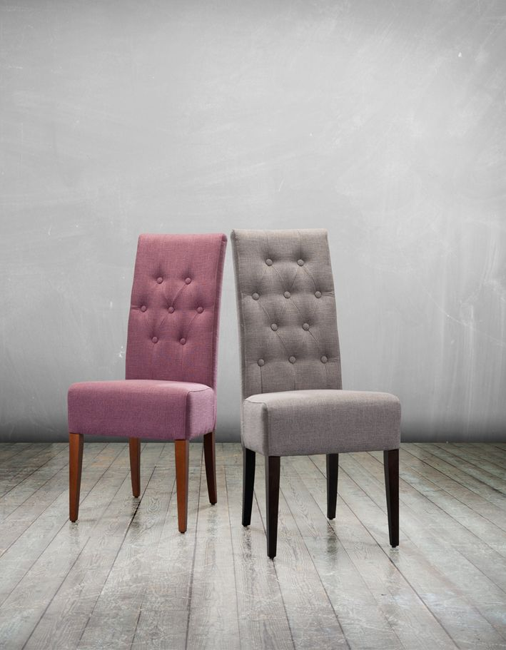Monte and Carlo are our favourite chairs of the week! These stunning button back dining chairs are our newest Exclusive Design offered in Cristina Marrone's fabulous Bacio Collection. Available in 25 gorgeous colours and an option of leg finishes these chairs are fantastic value at just £149.00 each. Shop now: http://ow.ly/ziQvs #diningchair #buttonback #gorgeous #linen #diningroom #chair