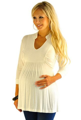 Cute maternity top!! I'll keep this site in mind when that time comes.