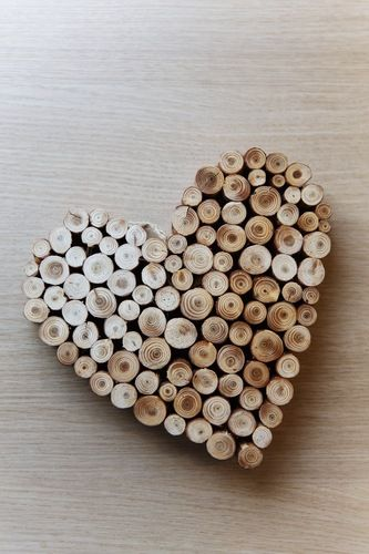 used wine corks in heart shape... cute!