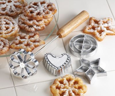 cookie dipping iron set for making Scandanavian pastries (fried dough cookies like mini funnel cakes!)