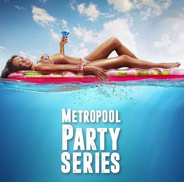 """Havuz hazır, kokteyller hazır, müzik hazır ✌️ 30 Temmuz Cumartesi Hilton İstanbul Bosphorus """"Metropool Party"""" muhteşem havuz partisi! Biletler funclub ve biletix'te. http://www.biletix.com/etkinlik/TM800/ISTANBUL/tr #hiltonistanbulbosphorus #metropoolparty #metropoolpartyseries #blog #blogger #bloggerajans #esinövet #happyhour #party"""