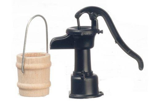 Gnome Garden: Old Fashion Water Pump W/ Bucket