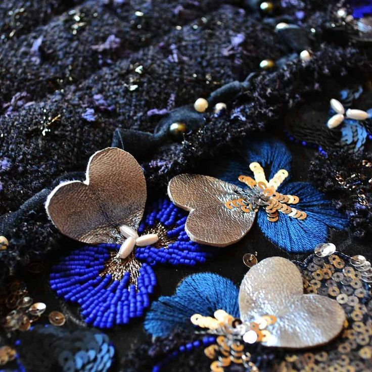 Ecole Broderies de Luxe NYC Niveau 4 detail. Classes start July 9th signup soon…