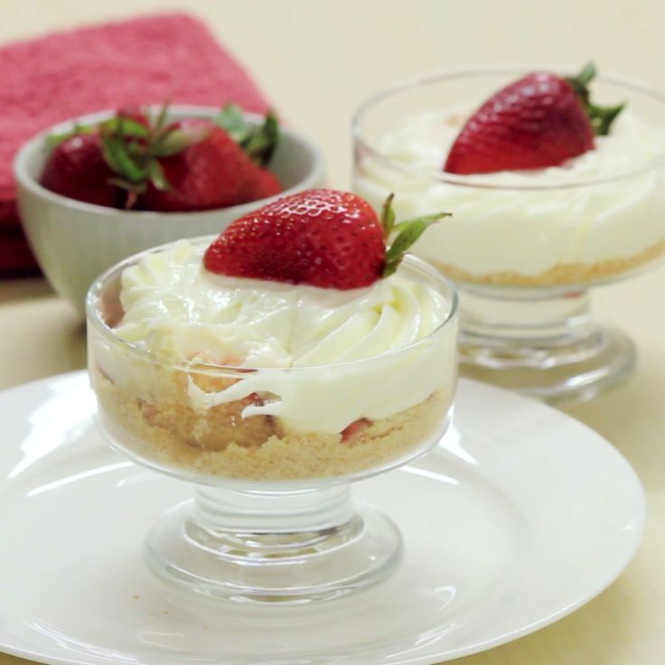 This no-bake cheesecake trifle, is perfect because it is elegant, and it not too heavy of a dessert.