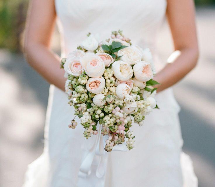 sinforicarpo, rose inglesi. Bouquet
