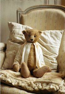 Teddy ready for bed?Vintage Ted, Teddy Bears, Toys, Sweets Dreams, Fat Cat, Vintage Bears, Country Farmhouse, Old Chairs, Vintage Clothing