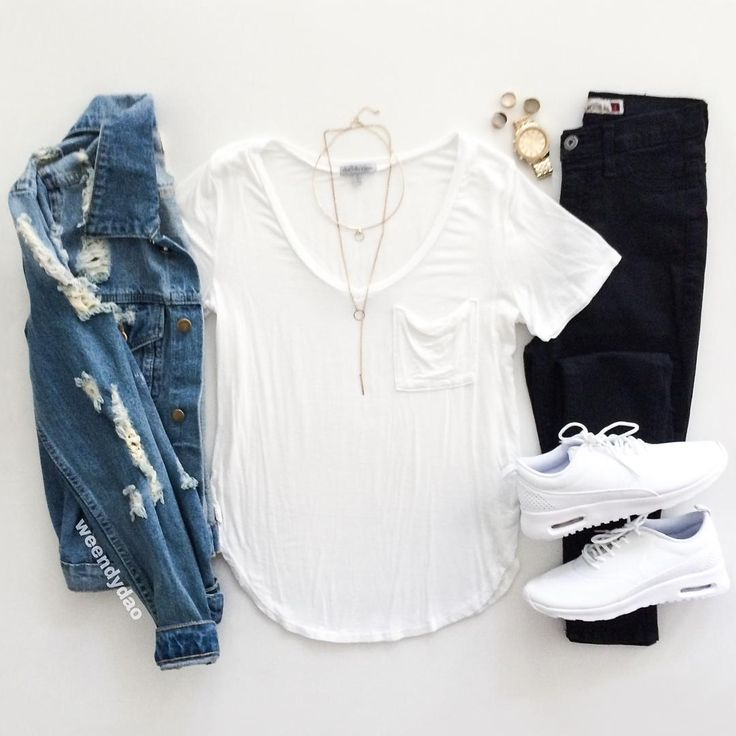 """Wendy Dao no Instagram: """"[ Back to School ] This is probably what I would wear on my first day! Something comfy and casual yet still edgy and chic . 