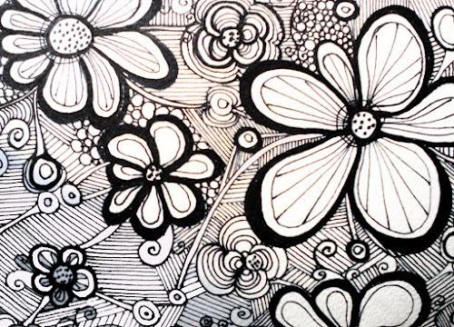 Flower designs: Flowers Black, Black And White, Color, Zentangle Design, Zentangle Flowers, Design Flowers, Art Inspirations