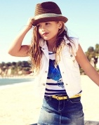 Love this outfit for a little girl. And she looks exactly like her mother! ADORABLE