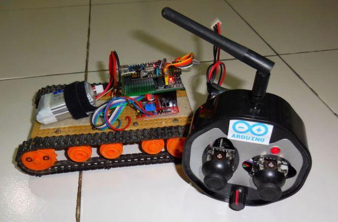 Control tracked robot with joystick using Arduino + radio module #NRF24L01 #Nano http://www.instructables.com/id/How-to-Control-Tracked-Robot-Via-Joystick-NRF24L01-1
