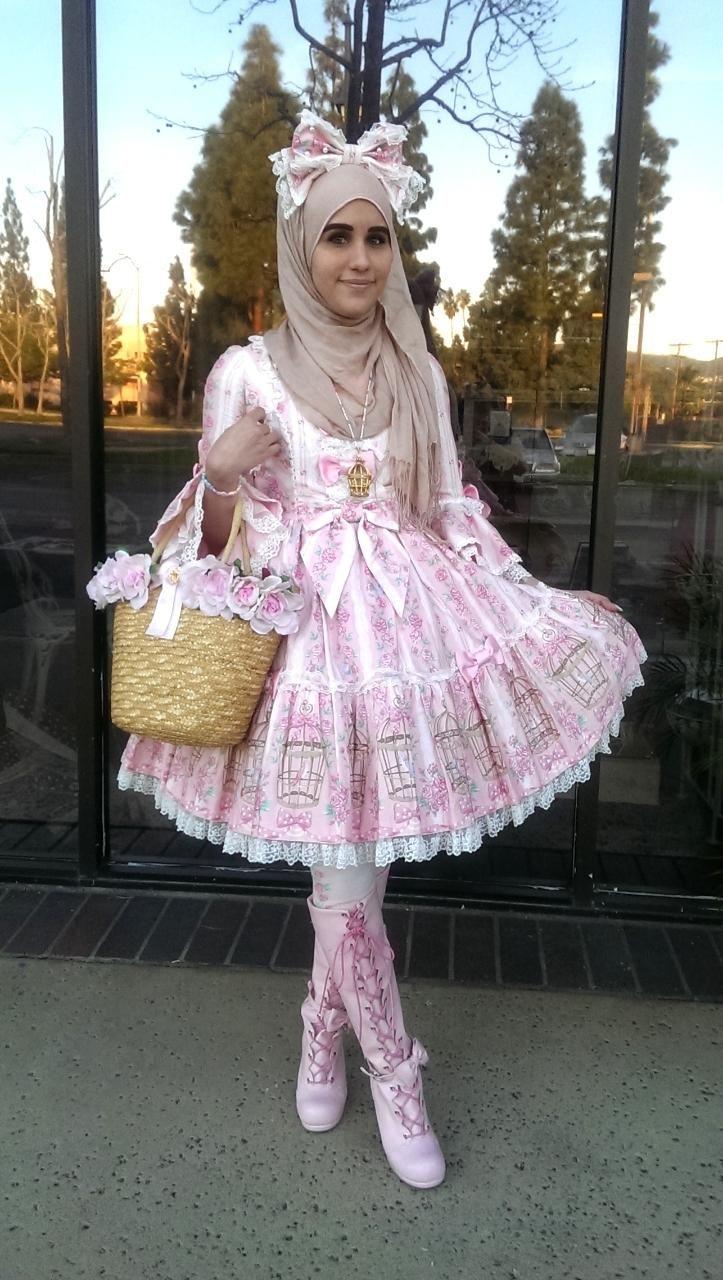 Meet the Hijabi Lolita | VICE | United States, is adorable.