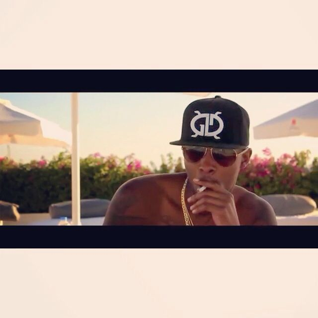 Screen shot from the video (Mr. Gold man)