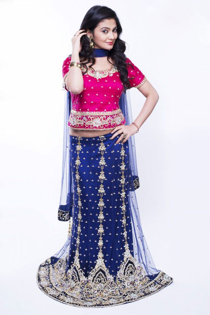 "Bella Stiles Presents:-""Ghagra Choli‎"" Fabric details:Net satin with stones  To place #Orders : (#USA): 610-616-4565, 610-994-1713; (#India):91-226-770-7728, 99-20-434261; E-MAIL: market@bellastiles.com, wholesale@bellastiles.com  #fashion #Ghagara #Choli #stylish #Bridal #Lehenga #LehengaCholi #sale #discount #festiveoffer #pretty #ladies #shopping  #Trendy #Elegant #Beautiful #freeshipping #Desi #girls #eCommerce #online #international #Bella #stiles #Bellastiles #Dresses"