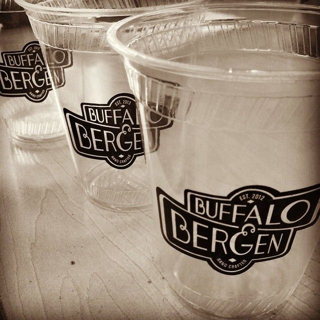 #craftbeer #beer #blackandwhite #buffaloandburgen #restaurant #marketing #tgif #print Biodegradable cups for #washington restaurant Buffalo  Bergen