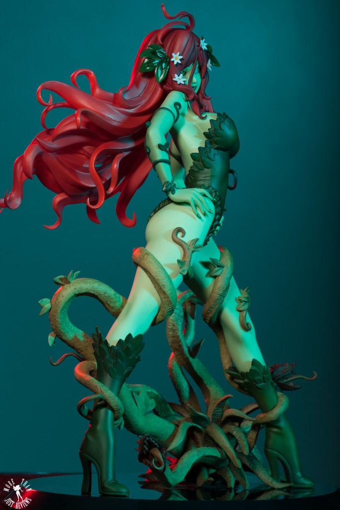 Kotobukiya Poison Ivy Bishoujo Statue Review
