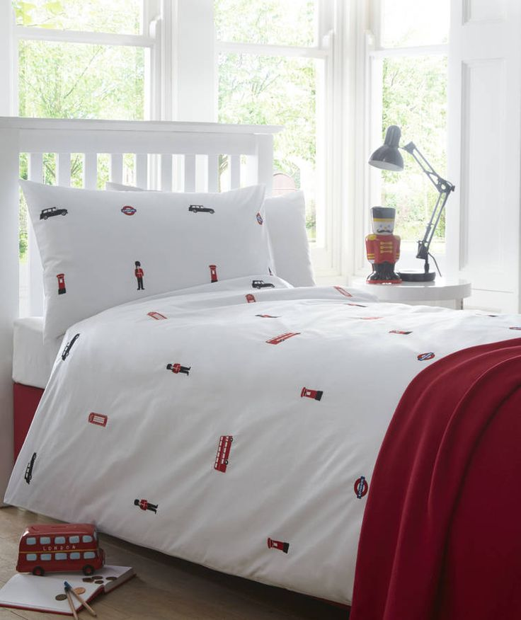 London embroidered bed linen by the fine cotton company. £50 | notonthehighstreet.com