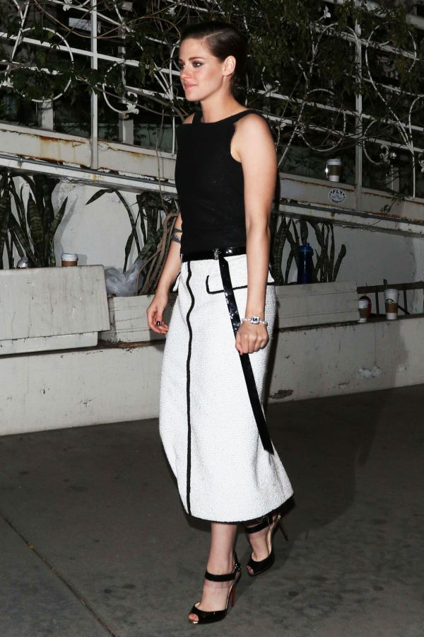 Black And White Outfit Ideas For A Cocktail Party | The Zoe Report