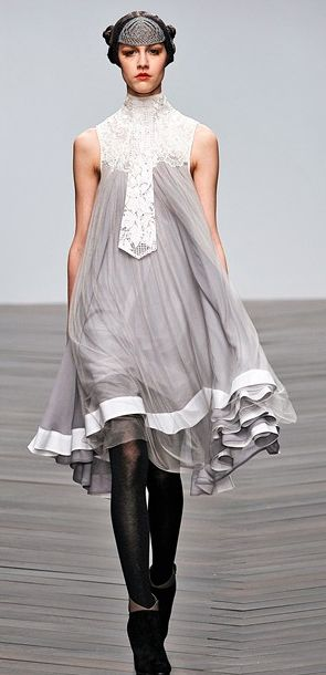 Grey and white dressing gown for Sansa Stark, Bora Aksu Fall 2013