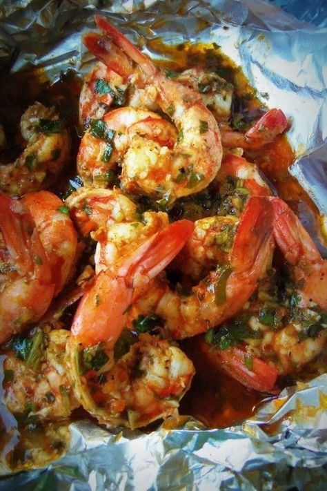 Spicy Cilantro Garlic Shrimp This recipe is no mess, no skewers, all in a convenient foil pack cooked on the grill in like 5 minutes! This is a great recipe for the upcoming tailgating and football parties..