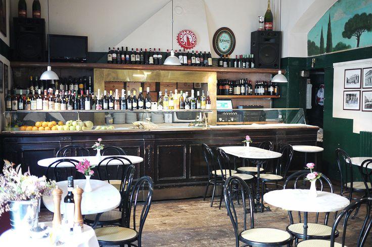 TAKE AWAY BISTRO Via San Marco, 33 20121 Milano t+39 02 6552204