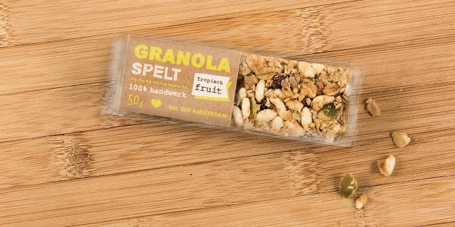 Granola Spelt Bar on Packaging of the World - Creative Package Design Gallery