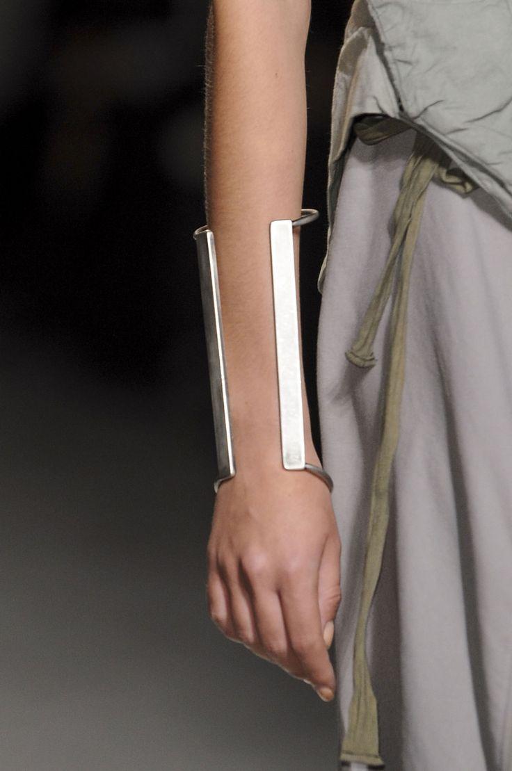 Modern minimal cuff: Nicolas Andreas Taralis
