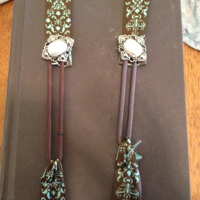 1000 images about bookmarks on pinterest for How to tie a ribbon on a bookmark