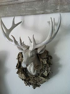I'm not a fan of Dead Animal Decor, but this is fabulous and I must have it!