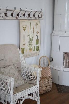 wicker chair, botanical, baskets, kakelugn...