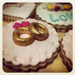 Sevgili arkadaşımın nişan kurabiyeleri :)