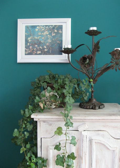Goede Petrol Blauwe Muur Colored Wall Green