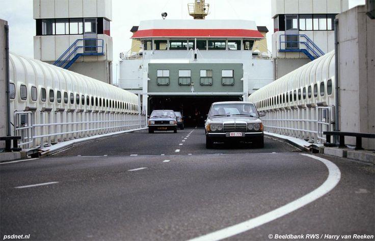 Veerdienst Vlissingen-Breskens Foto's uit de oude doos - AutoWeek.nl
