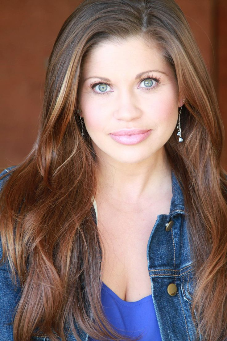 I saw Danielle Fishel in people today guys