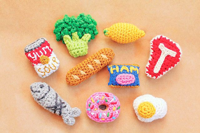 Twinkie Chan S Crocheted Abode A La Mode Amvabe Crochet Crochet Food Twinkie Chan Crochet Projects