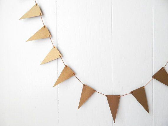 Goldene Dreieck Flagge Girlande / Nusery Decor von ElisabethNicole
