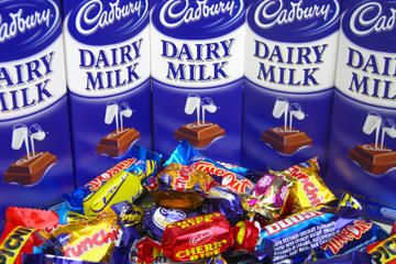 Cadbury Chocolate Factory Tour and Derwent River Cruise from Hobart