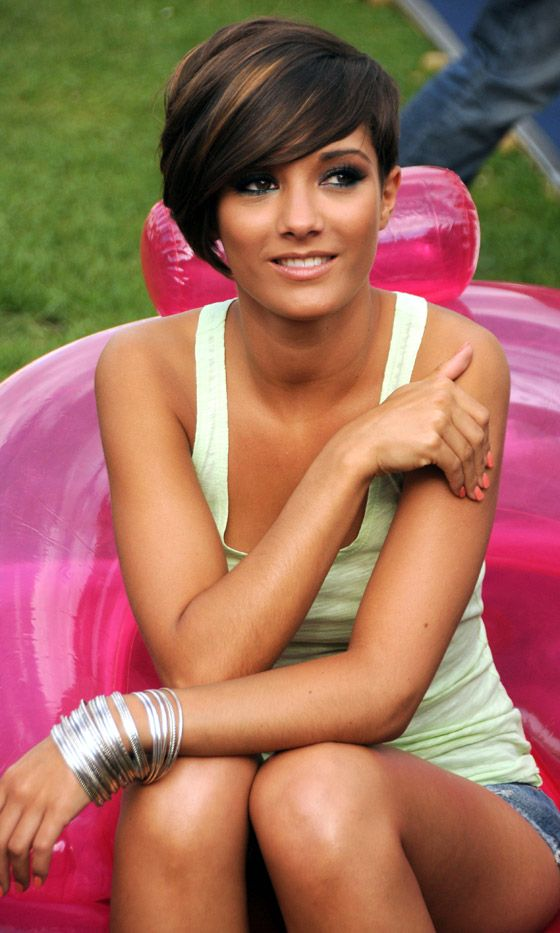 Frankie Sandford Becomes One Of Our Favourite Hair Icons Of 2010 With Her Cropped Hairstyle   Mobile