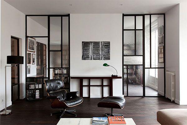 工場に使われていそうな、スチール製のフレームが付いたガラスドア。英語では Steel Windows ( スチール ウィンドウズ ) と検索すると、たくさんの写真が出てきます。 中々、部屋の窓まるごとを、スチールウィンド …