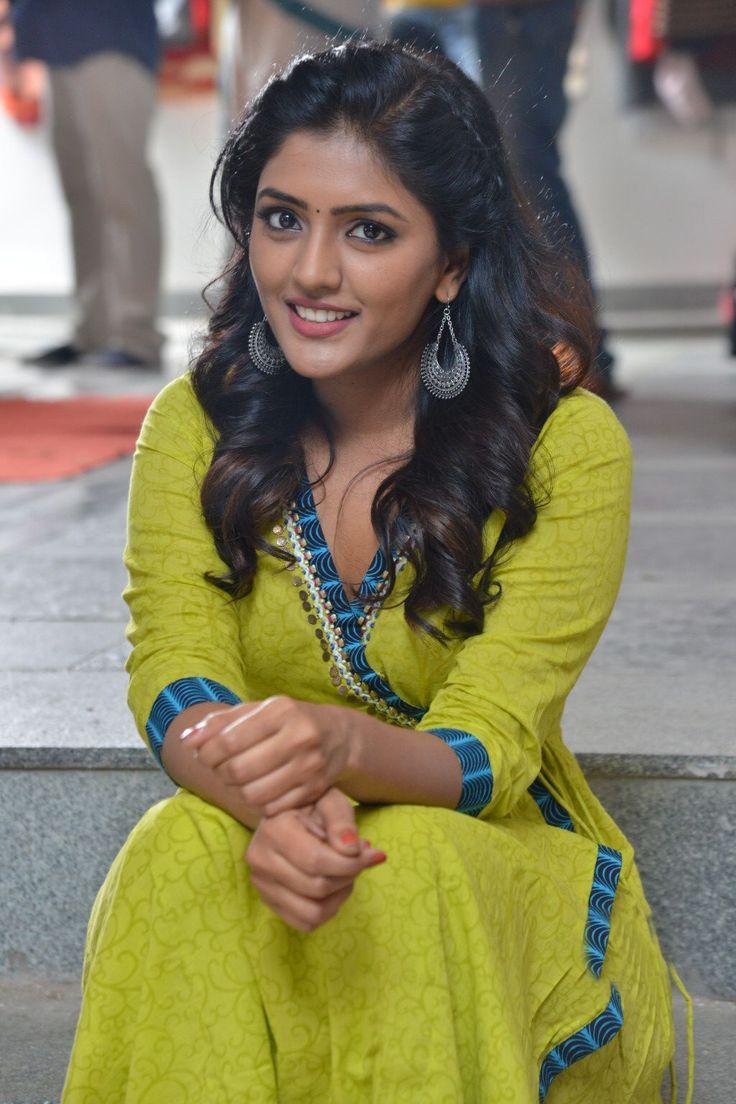 Shubha Poonja Sexiest Juicy Figure | Sweet Bollywood Angels