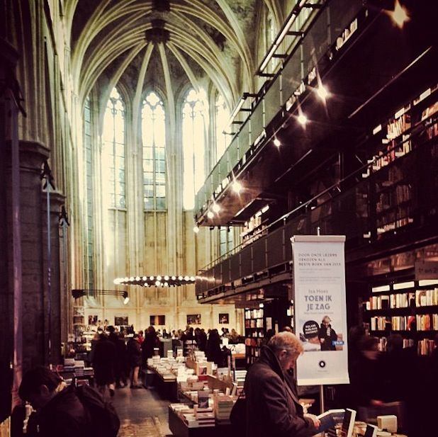 Polare goodbye? Bookstore closed indefinitely - Maastricht univerCity