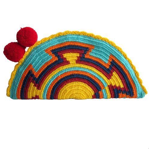 Wayuu fashion. Handbag pompom fashion