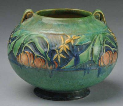 Roseville Green Baneda Vase: Crafts Movement, Art And Crafts, Rosevil Pottery, Art Pottery, Crafts Style, Baneda Vase, Pottery Green, Collection Roseville Pottery, Crafts Periodic