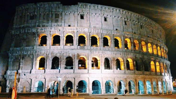 Rome by night tour ⋆ Blocal Travel blog > A night walk through the city centre of Rome #YourBlocalFriend