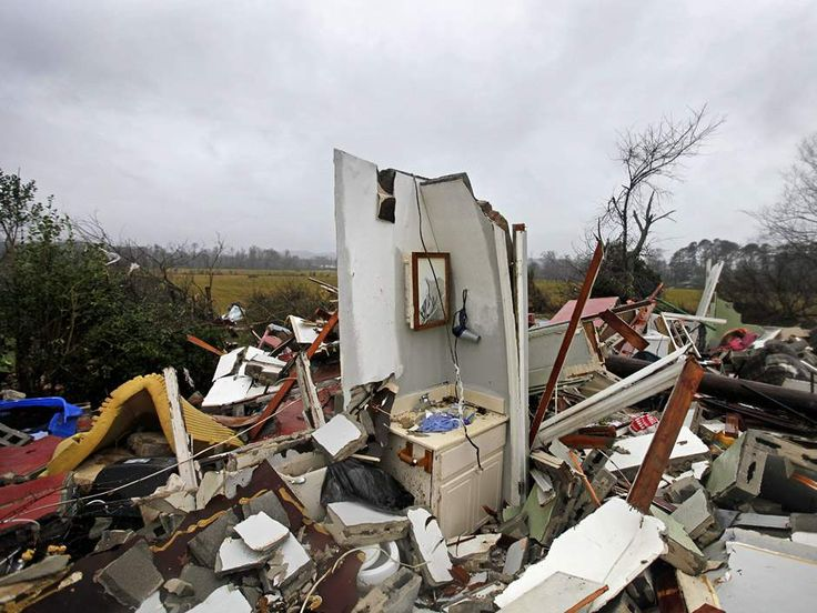 USA: 15 people killed in severe storms - https://www.barbadostoday.bb/2017/01/22/usa-15-people-killed-in-severe-storms/