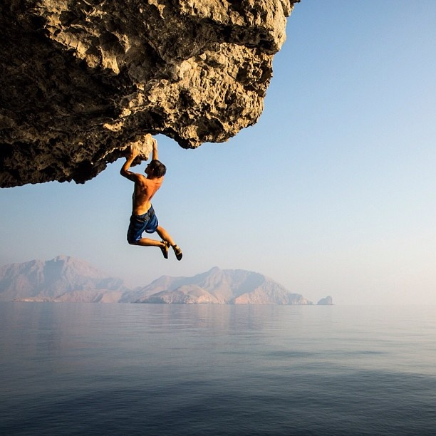 Jimmy Chin / After a couple weeks along the Musandam coast, we've found some epic choss, big routes on loose rock and a few deep water solo gems. @alexhonnold going ape on a new route. @Matty Chuah North Face @Natalie Jost Brewer #musandamexpedition