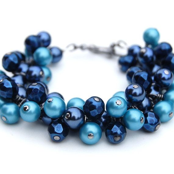 Pearl Cluster Bracelet in Midnight Blue and Air force Blue, Something Blue, Bridesmaid Pearl Bracelet, Nautical, Bridesmaid Gift