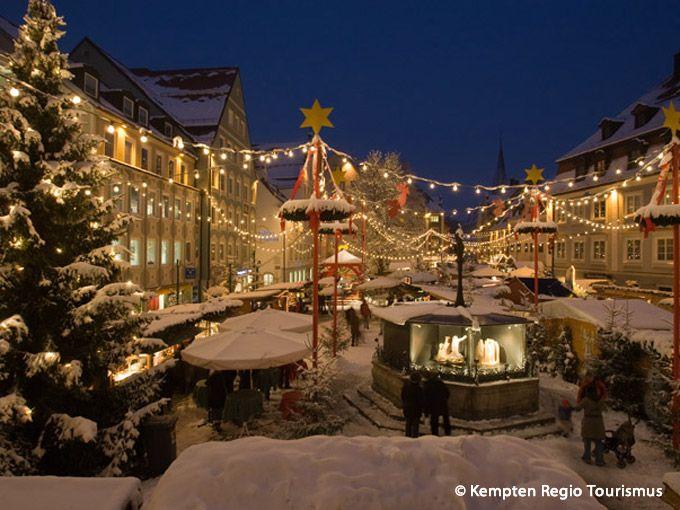 Christmas Market (Weihnachtsmarkt), Kempten, Allgäu, Germany